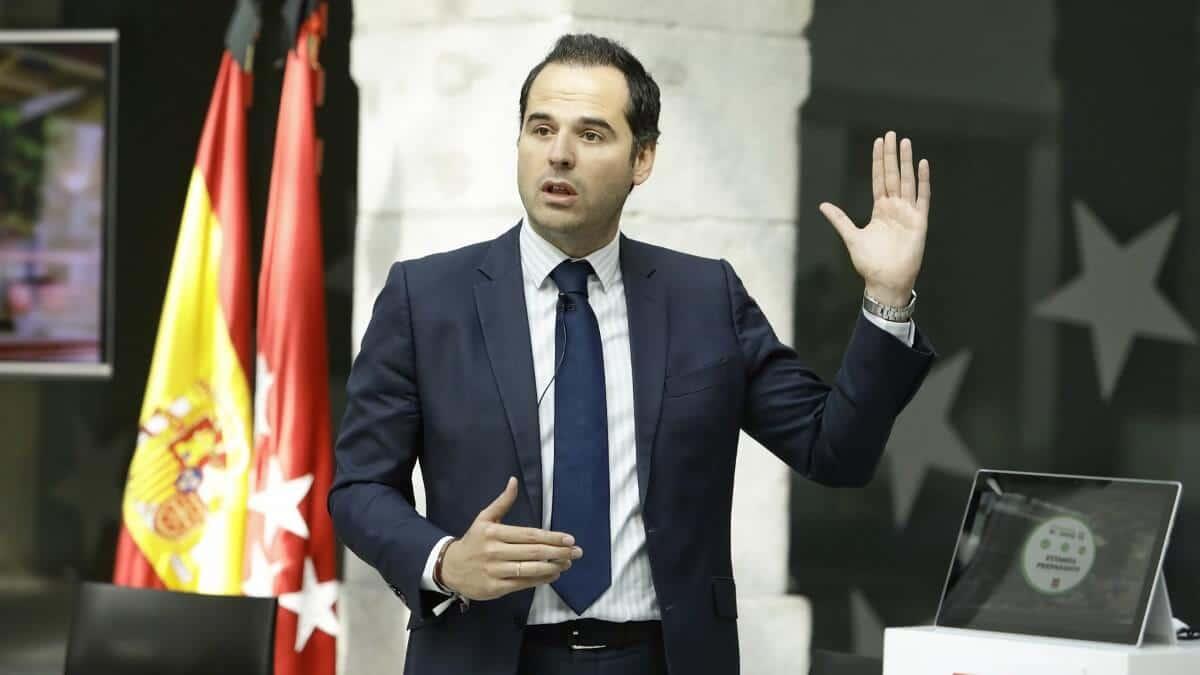 Ignacio Aguado anuncia que el lunes pediran pase a fase 2
