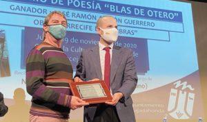 Ustarroz entrega Premio Blas de Otero 2020